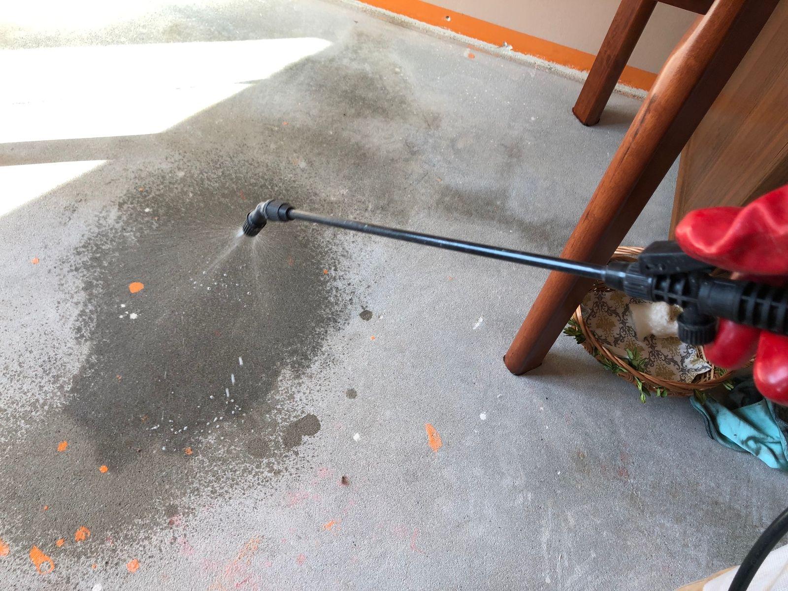 Sprzątanie po wypadku w Gorlicach